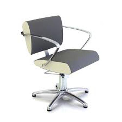 エアロの椅子